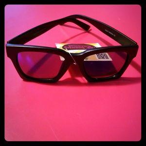 Swanky Coconut Square Sunglasses